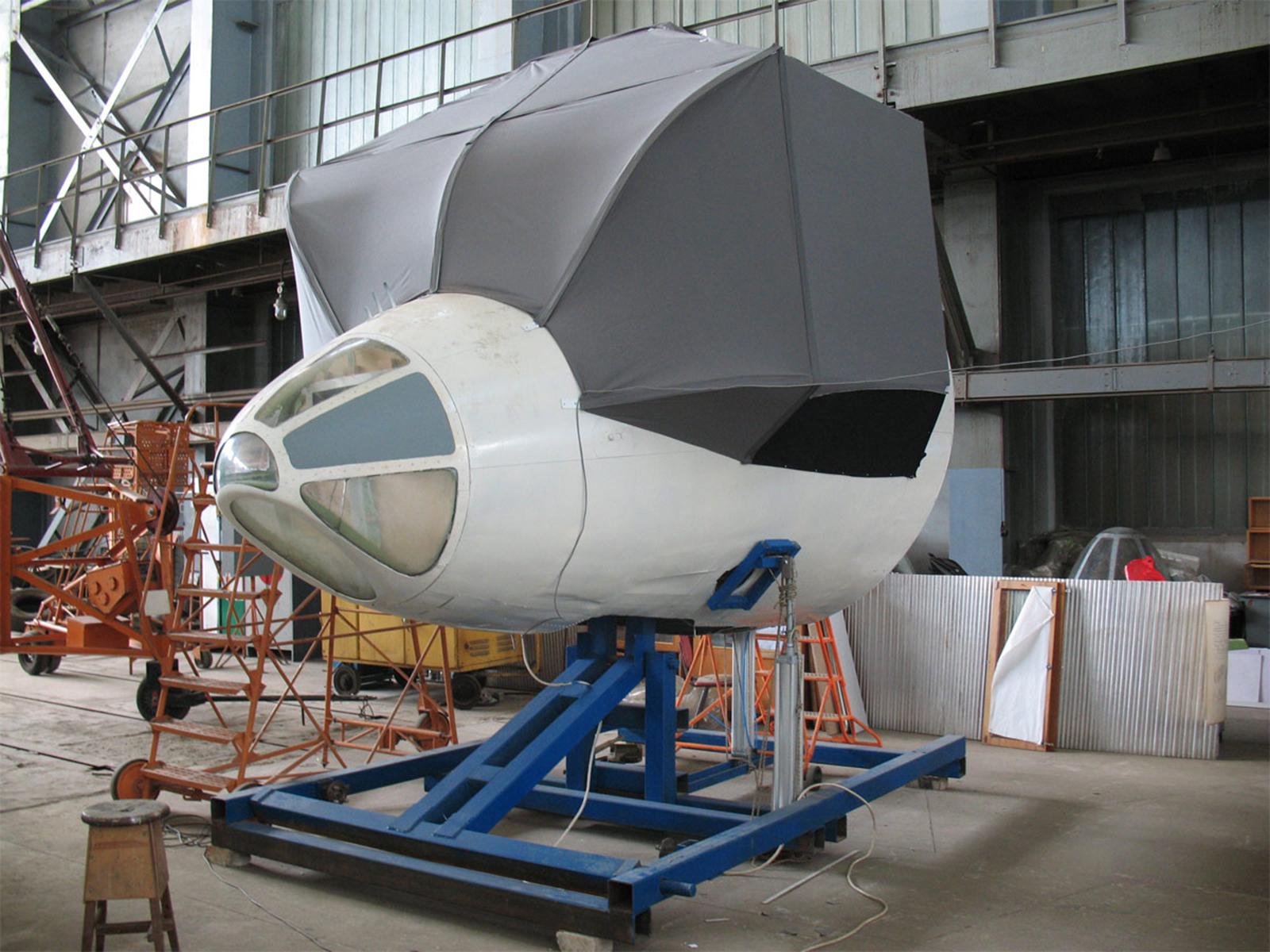 Tupolev Tu-134 flight and navigation training device history