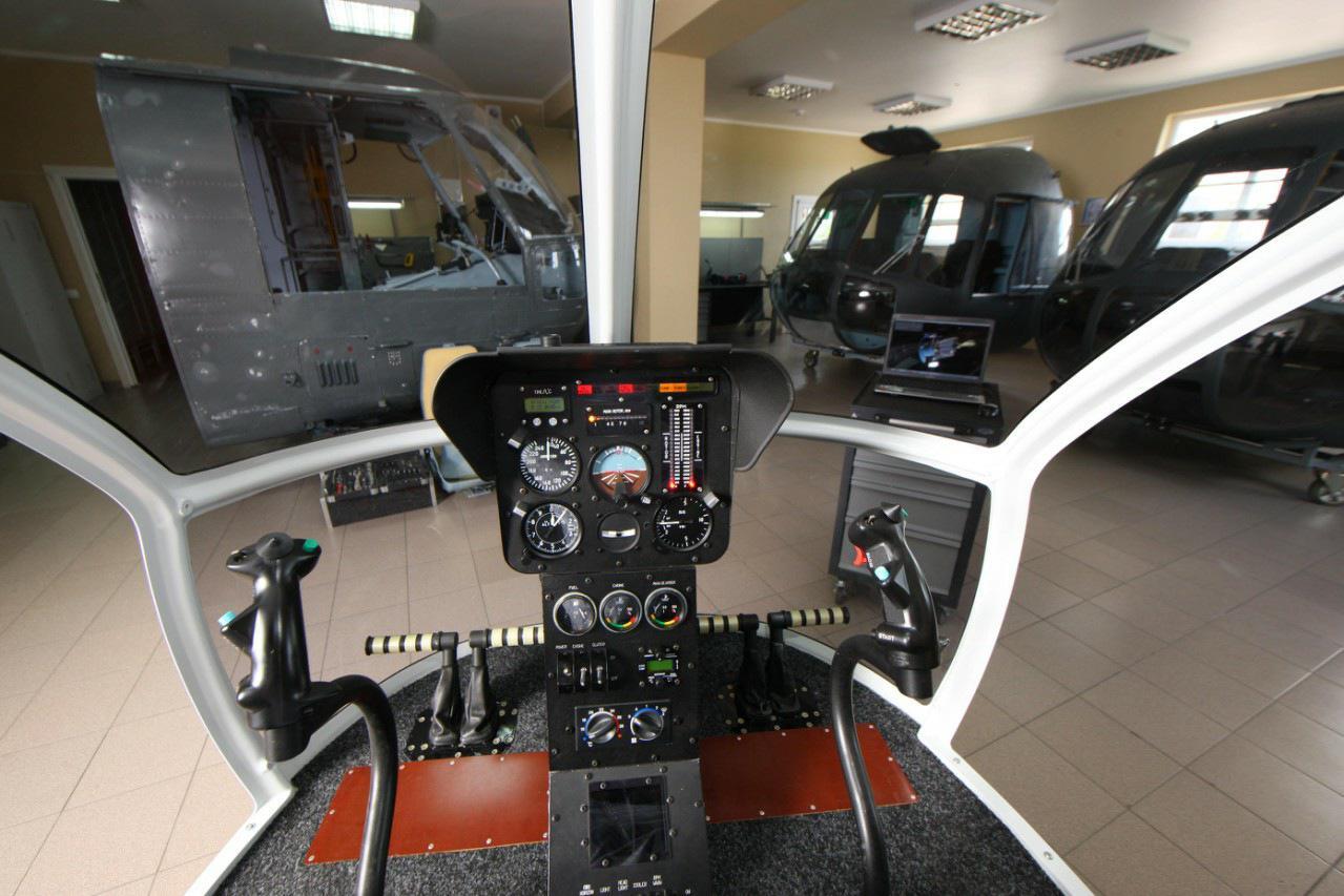 Процедурный тренажер вертолета АК-1-3